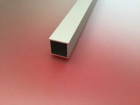 Tube carré aluminium anodisé