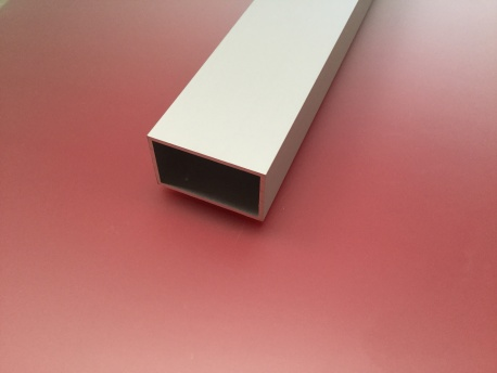 Tube rectangulaire aluminium anodisé